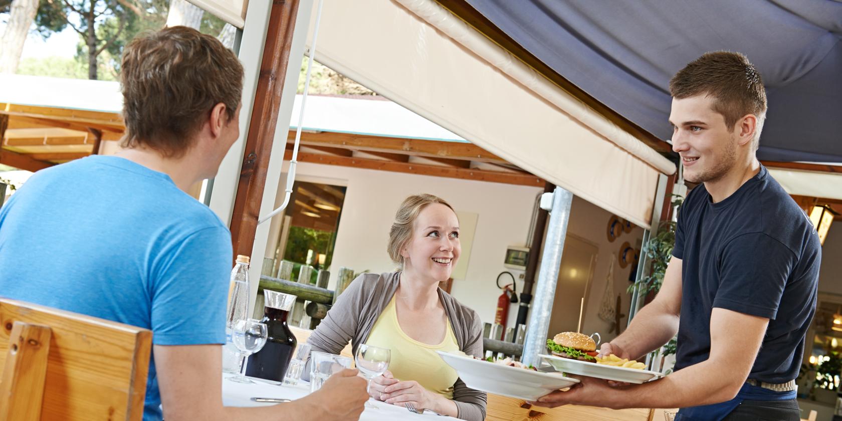 10-4 Customer Service Rule